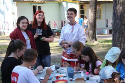 Международная смена в Новокемпе 2018 от школы английского языка